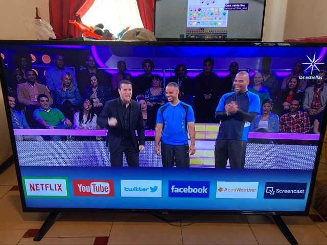 """Atvio de 55"""" smart Tv y 4K"""