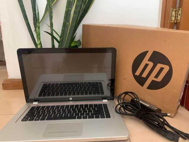 LAP HP ENVY 15 INTEL CORE i7 CON 8 GB DE RAM Y UN TERA EN DISCO DURO $6000 LO MENOS Y NO CAMBIO