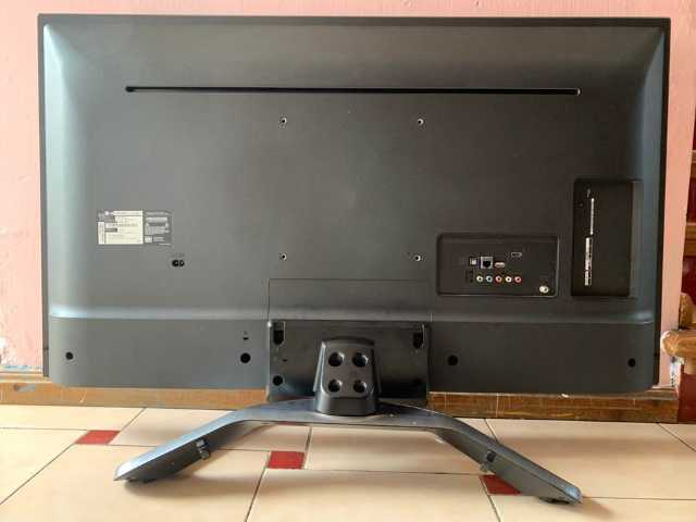 "LG de 43"" smart Tv y 4K"